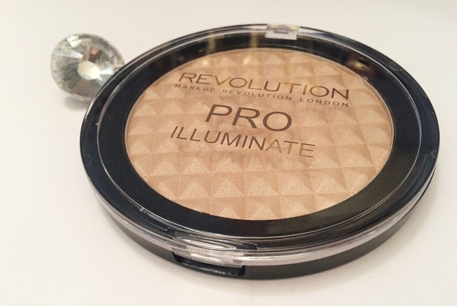 pro illuminate makeup revolution.JPG