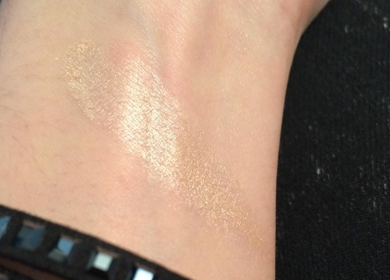 swatch pto illuminate makeup revolution.png