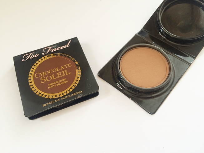 bronzer chocolate soleil too faced.JPG