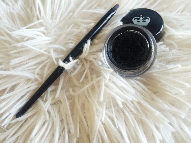 liner rimmel 001 black.JPG