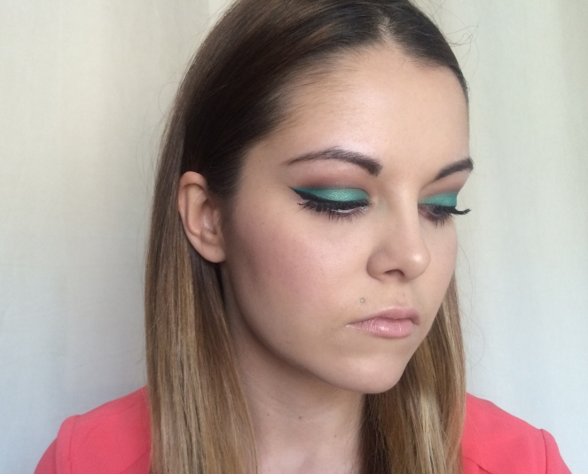 passion beleza makeup vert emeraude.JPG