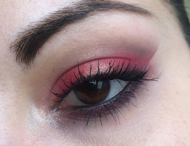 makeup red hot red nyx et naked smoky urban decay