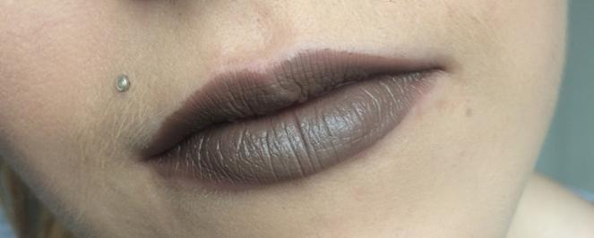 swatche matte lipstick nyx minx.JPG