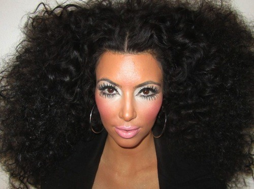 Focus-sur-Kim-Kardashian-ses-maquillages-rates-!_portrait_w674
