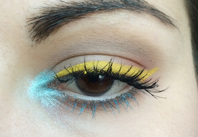 makeup ete bleu et jaune