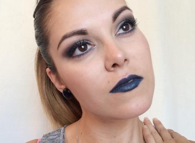 makeup bleu nuit.JPG