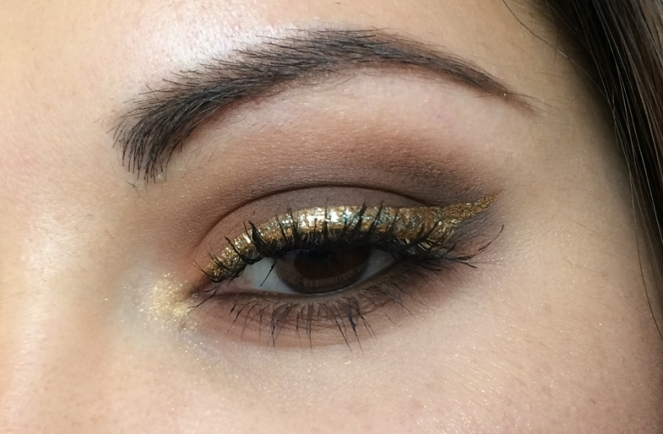 makeup smoky brown eyeliner gold.JPG