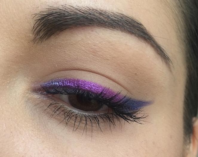 eyeliner-violet-foil-eyes-bh-cosmetics