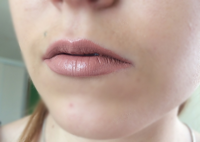 swatch aquaruis lippie stix colourpop.JPG
